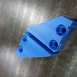 MCナイロンのワークストッパーを切削加工で製作
